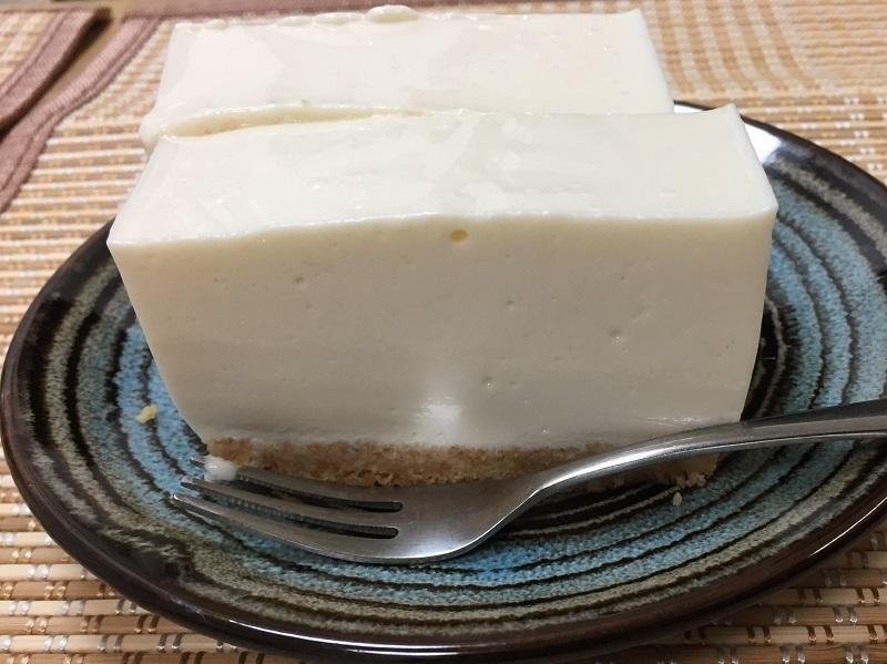 大地を守る会のヨーグルトを使った「レアチーズケーキ」